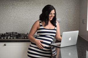 Baja por maternidad como autónoma. ¿Qué debes saber?